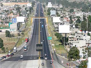 Una de las carreteras a las que Indra llevará su tecnología tras conseguir su contrato en México.