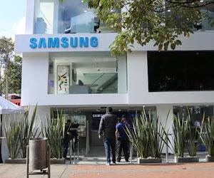 Tienda de Samsung de Bogotá situada en la Zona Rosa.