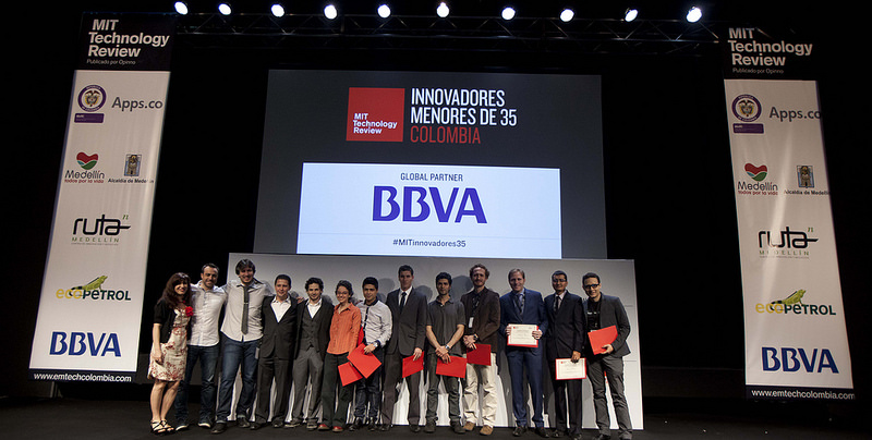 Ganadores del los premios para jóvenes innovadoras seleccionados por el MIT Technology Review