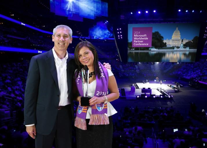 Los líderes de Cloud Systems galardonados por Microsoft como 'Partners del año'.