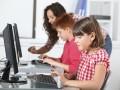 Niños usuarios ordenador hijos padres