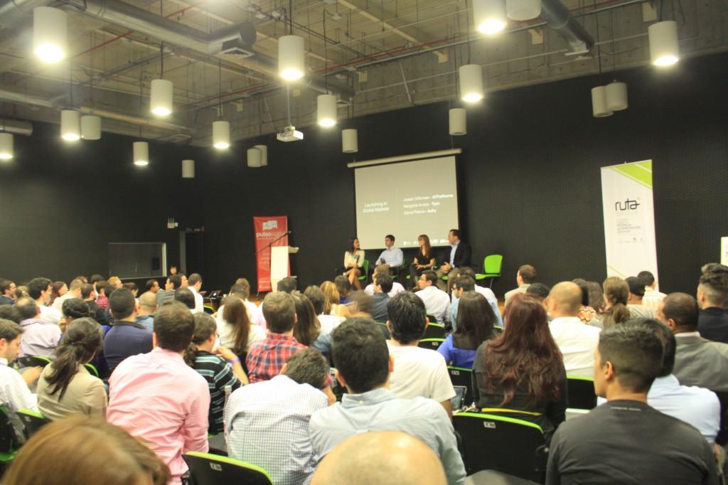 Encuentro Born Global, celebrado en Medellín, para motivar a los emprendedores de América Latina.