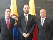 Alfonso Gómez Palacio, Presidente Ejecutivo de Telefónica Colombia; Philipp Schönrock, Director del CEPEI; y Sanjeev Khagram, Coordinador General de la Alianza Global de Datos para el Desarrollo Sostenible.