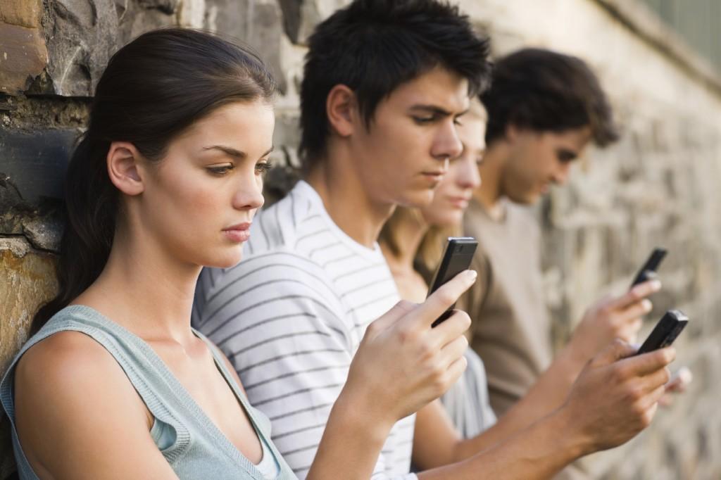 jovenes adictos smartphone usuarios