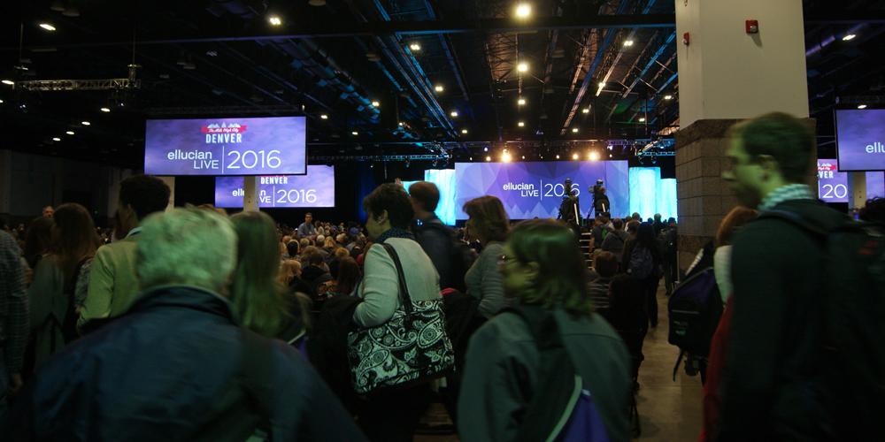 Más de 8 mil 500 visitantes llegaron a la sesión general