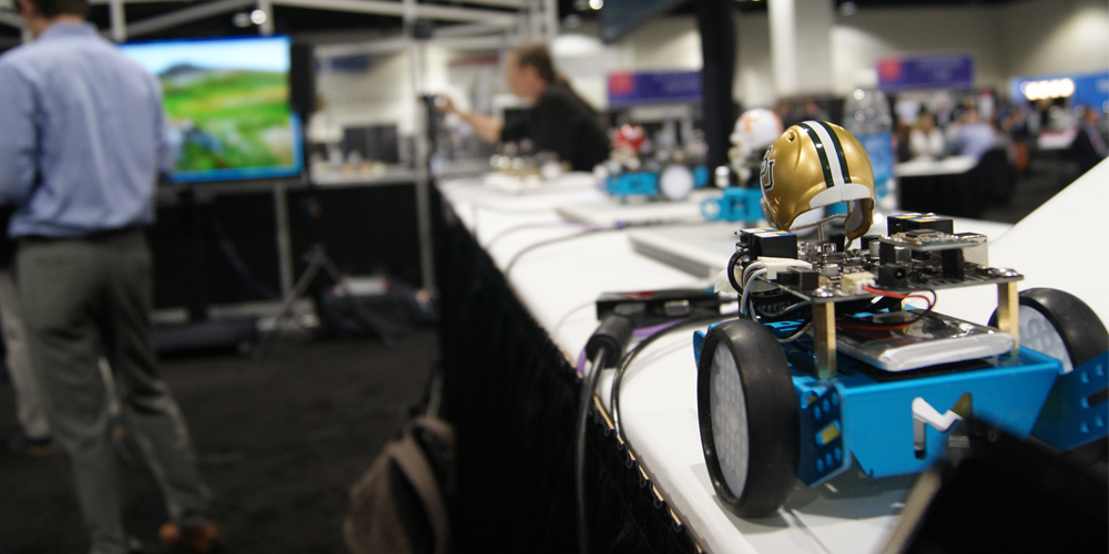 Innivation Lab trabaja también en robótica como diferenciador de la educación