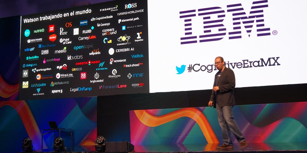 David Ruiz presentando el grupo de empresas que ya trabajan con Watson.