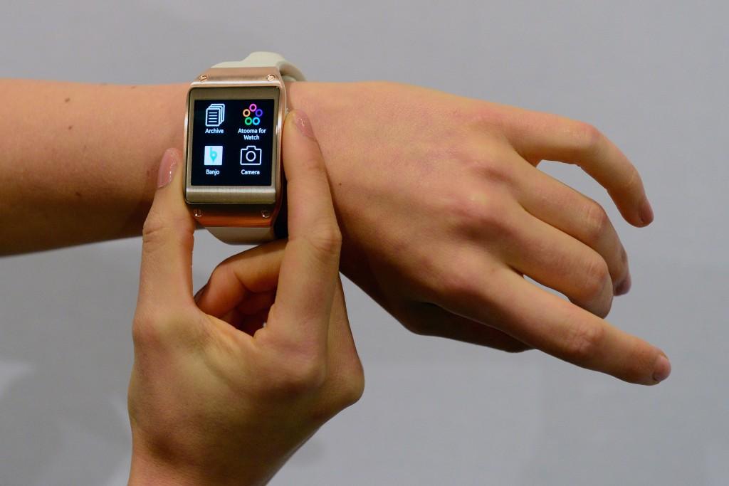 warables galaxy watch smartwatch