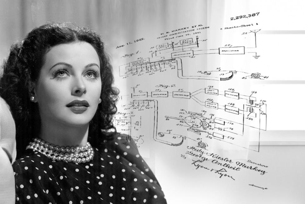 Hedy Lamarr creó una patente para transmisión vía radio con frecuencias diferentes, que impedía interceptar las señales.