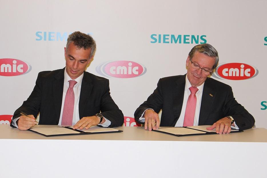 Firma del acuerdo entre Siemens y la ámara Mexicana de la Industria de la Construcción (CMIC)