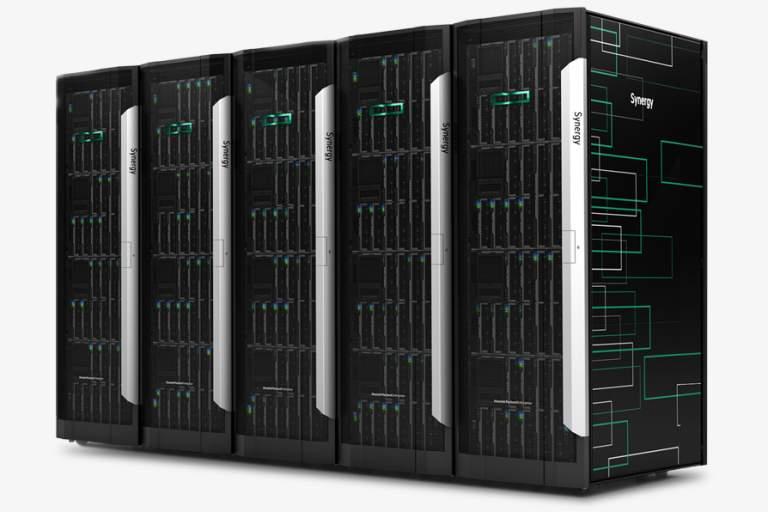 La plataforma HPE Synergy es adaptable e interoperable, así que puede interactuar con cualquier software y lenguaje. Por ejemplo, si la empresa ya ha avanzado y ha comenzado a implementar alguna tendencia tecnológica, esta puede dialogar con HPE Synergy y optimizar sus operaciones